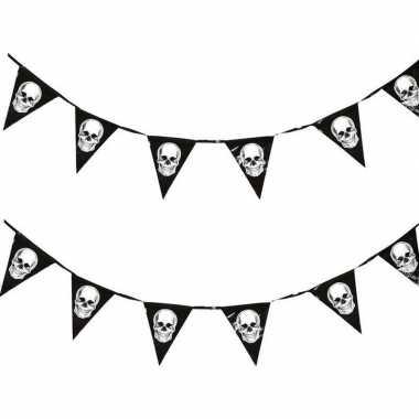 2x piraten vlaggenlijnen met schedels 360 cm