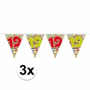 3x mini vlaggetjeslijn slingers verjaardag versiering 19 jaar