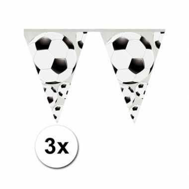 3x slinger met voetbal vlaggetjes