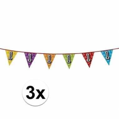 3x vlaggenlijn 1 jaar feestje