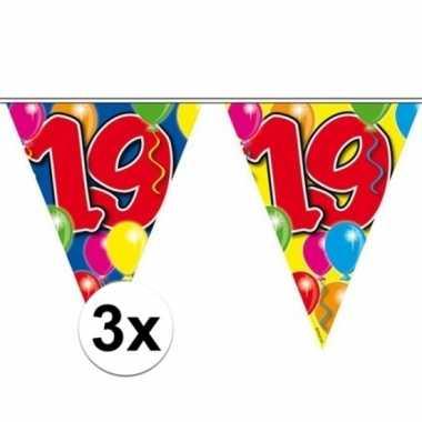 3x vlaggenlijn 19 jaar 10 meter