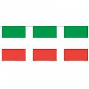 Papieren vlaggenlijn Italie