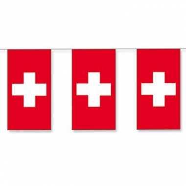 Papieren vlaggenlijn Zwitserland