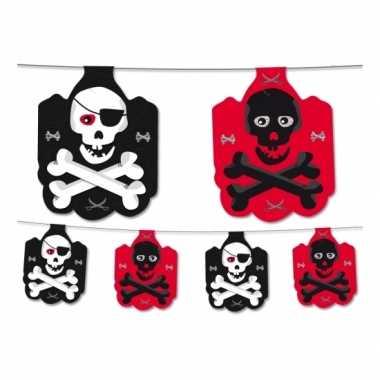 Piraten versiering vlaggenlijn zwart/rood