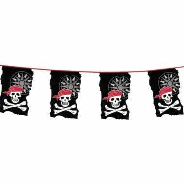 Plastic piraten vlaggenlijn 10 meter