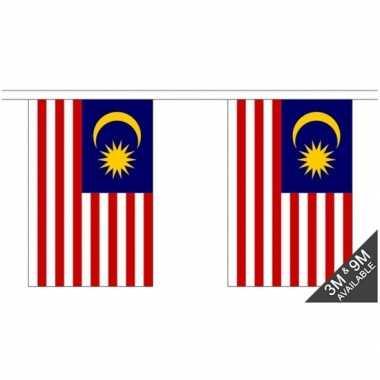 Stoffen vlaggenlijn maleisi 3 meter
