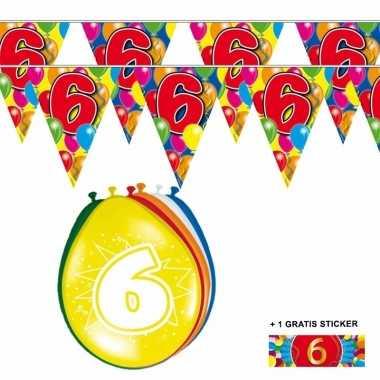 Voordeelset 6 jaar met 2 vlaggenlijnen en ballonnen